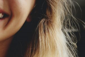 close-up photography of smiling woman